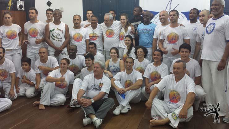 Batizado e Troca de Cordéis - Associação de Capoeira Barravento