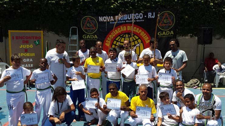 Graduação e Troca de Cordas Berimbau de Ouro - Prof Gamba